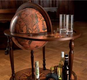 Image of bar globe trolley.